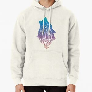 Lone Wolf Howling at the Moon in a Forest on a Mountain Range Pullover Hoodie