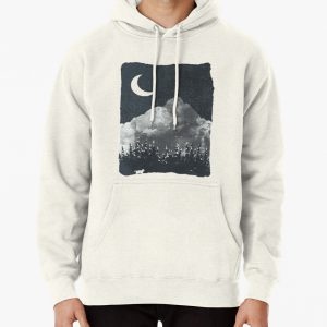 Winter Finds the Wolf... Pullover Hoodie