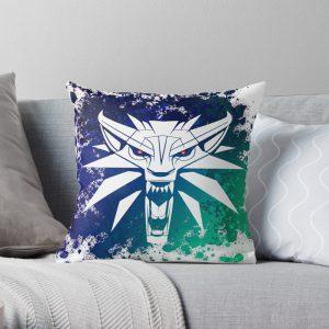 Witcher Wolf Green Throw Pillow